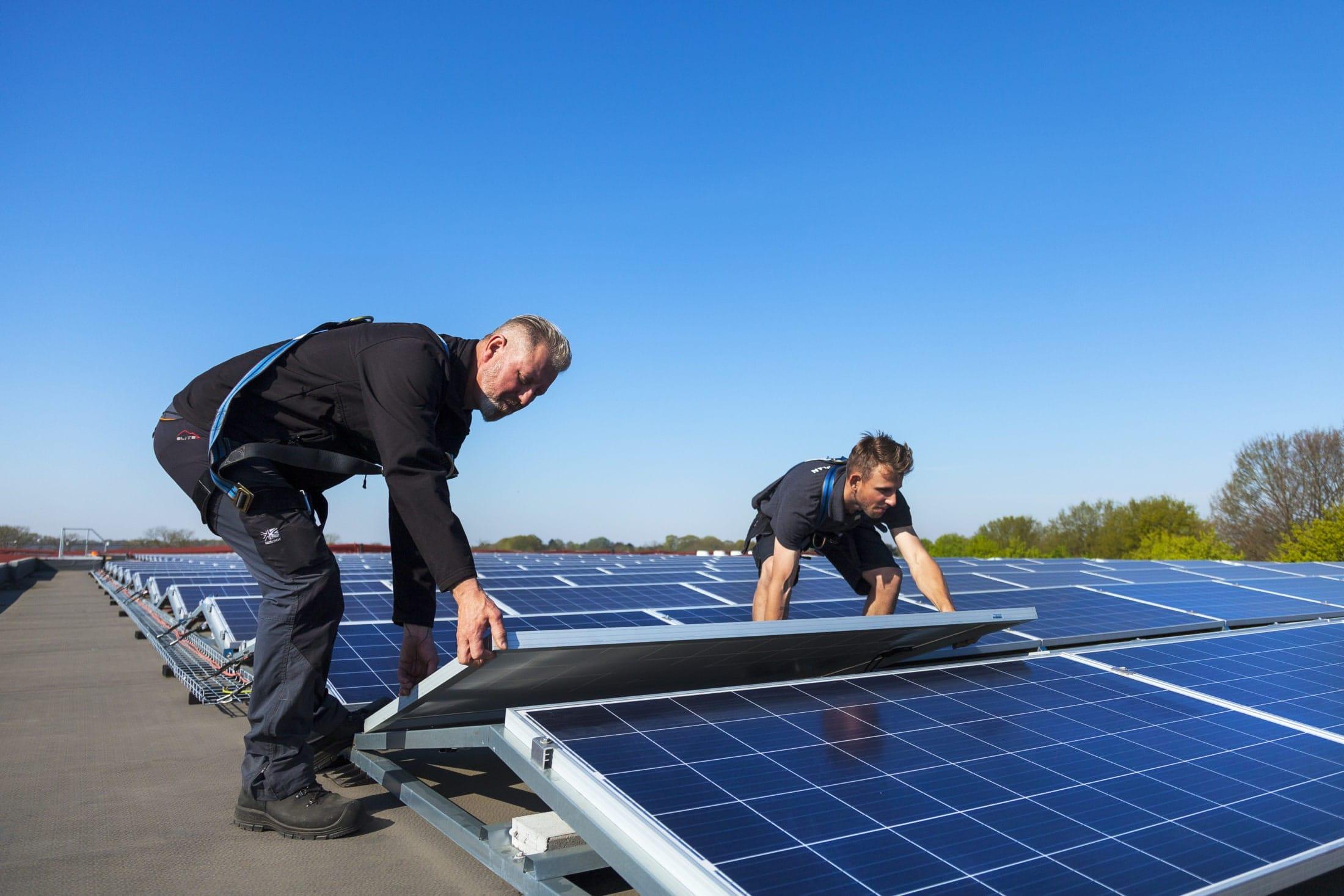 zonnepanelen_instaleren