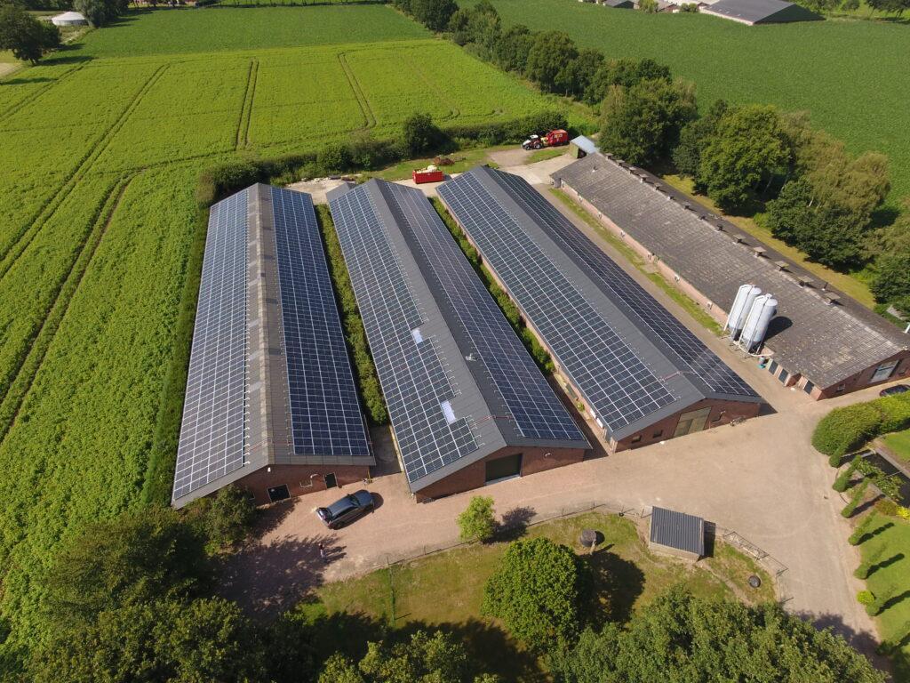 zonnepanelen zakelijk kopen
